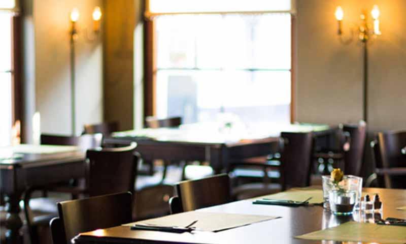 victoria hotel restaurant winschoten diner eetgelegenheid eetcafé slapen b&b overnachten Grand café marktplein 6 menu accommodatie hotelkamers vergader ruimte omgeving bezienswaardigheden evenementen faciliteiten contact gastenboek ted dresselhuis